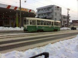 走る路面電車.jpg