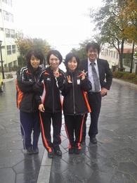 昨年10月、来函時の選手たち 左から小宮選手、浦田選手、安達選手