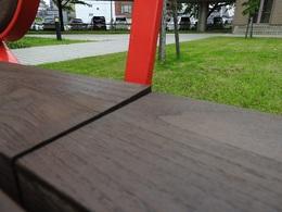 ベンチ無垢板の反り.jpg