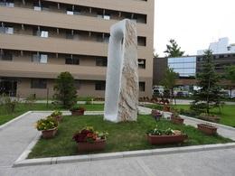 彫刻 生棒と花壇のプランター.jpg