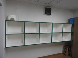 脱衣室の棚 修理完了01.JPG
