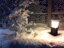雪の灯籠?.jpg